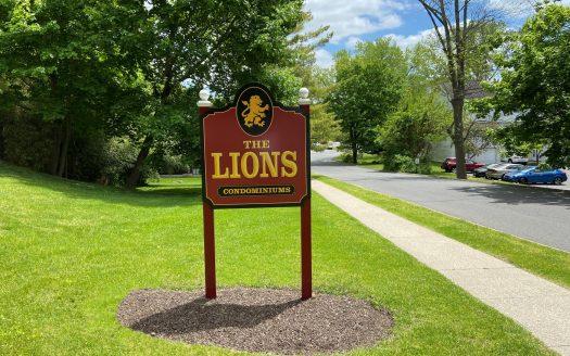 Front entrance of Lions Condominium in Danbury Connecticut